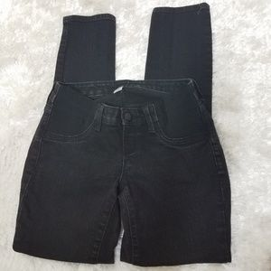 Old Navy black maternity skinny jeans